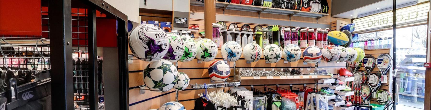 banner-shop-display-football